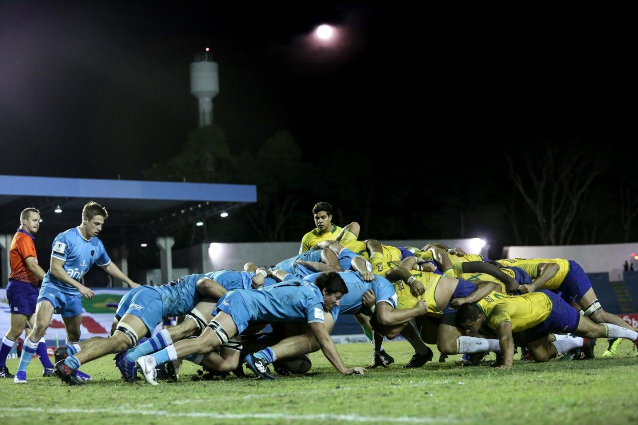Uruguay se queda con el choque sudamericano