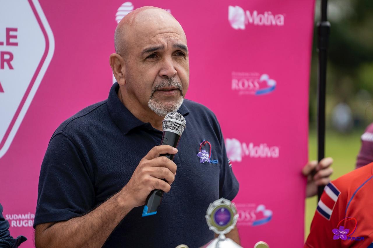 Comité Olímpico de Costa Rica con representación ovalada