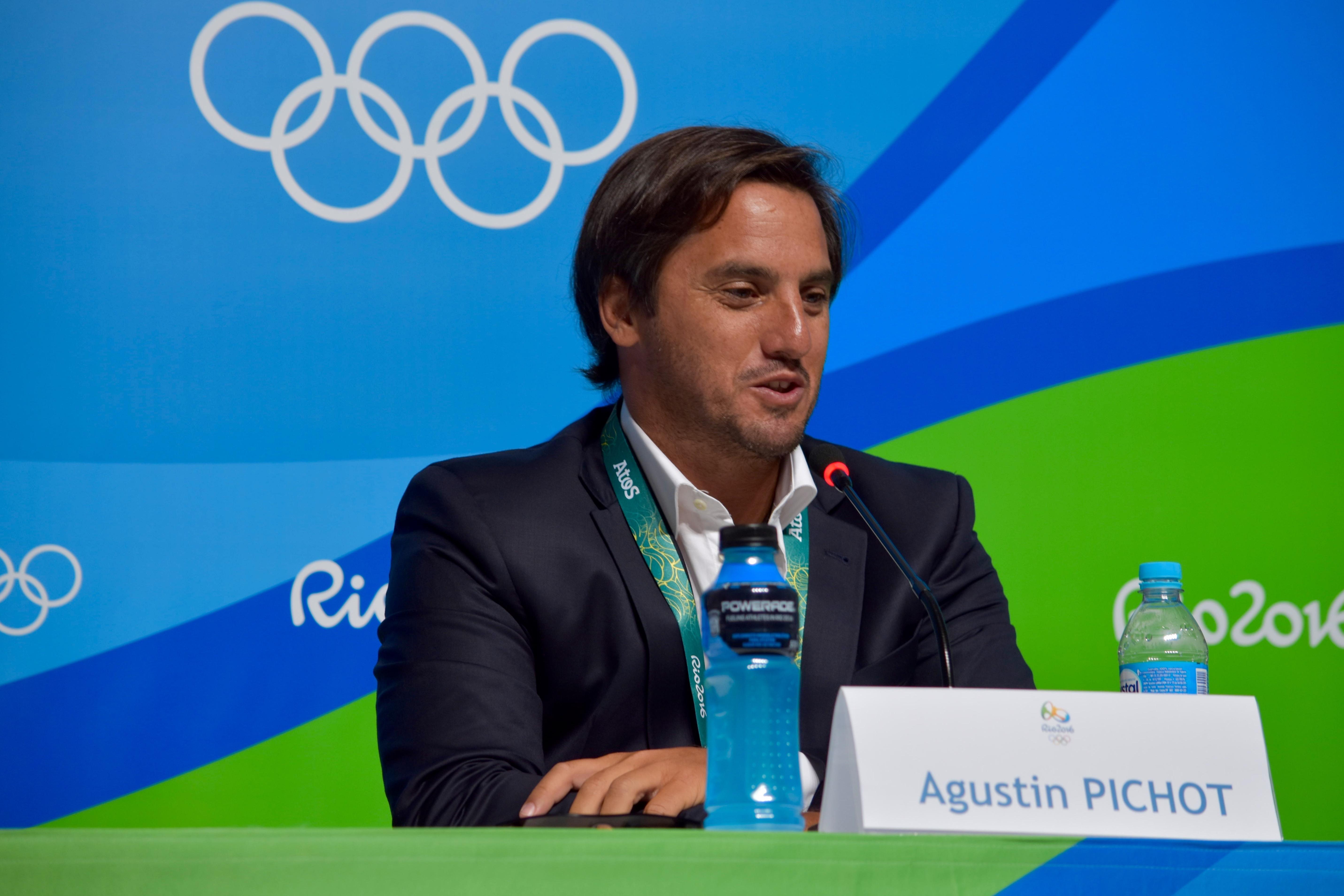 Pichot dejará World Rugby y Americas Rugby