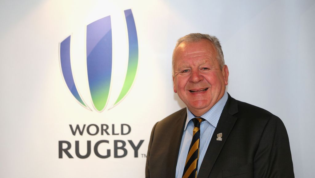 Sir Bill Beaumont re-elegido Presidente de World Rugby