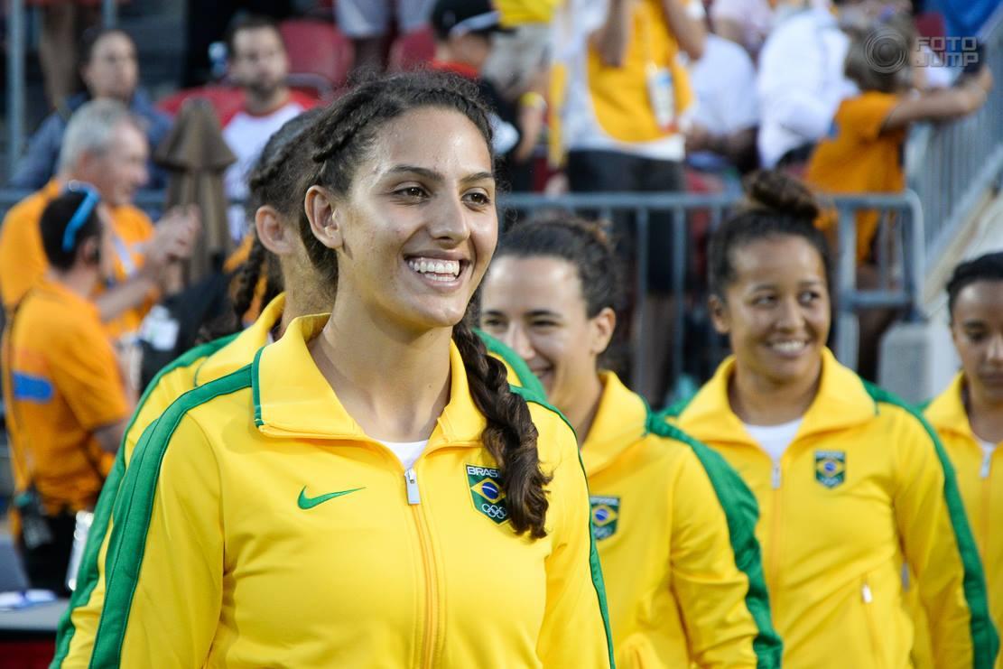 Haline, referente del rugby brasileño,se despide de las Yaras